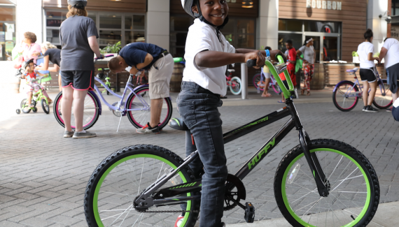 volunteer fosters care